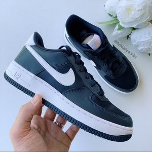 Nike Air Force 1 Low V-Day NWT
